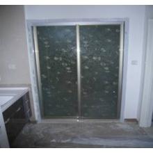 多尔贝定制衣柜磨砂隔断门