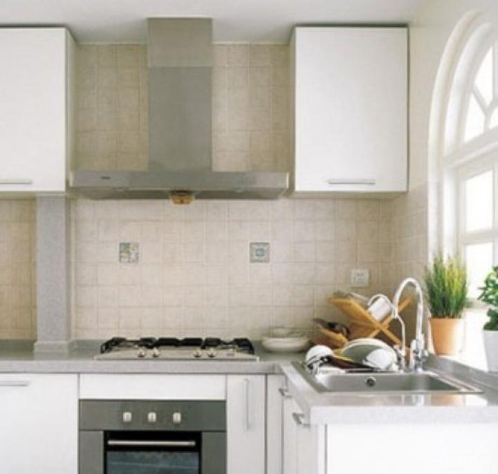 田园风格跃层三室一厅厨房整体橱柜装修效果图